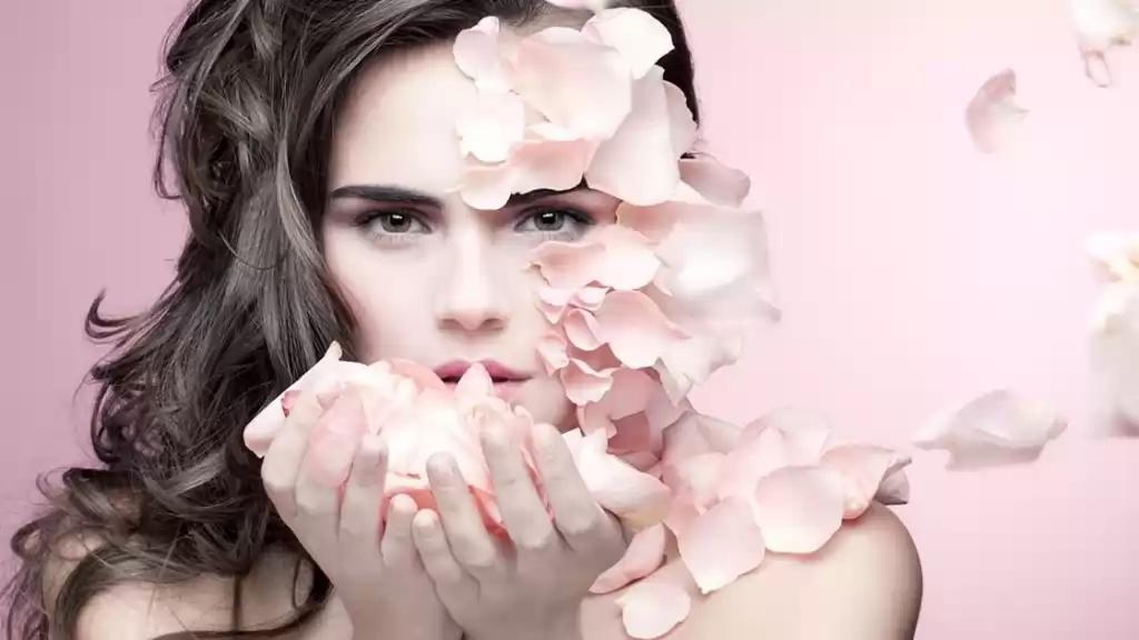 Фотоомоложение – одна из самых эффективных косметологических процедур